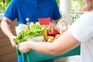 自宅まで届けてくれる生鮮食品